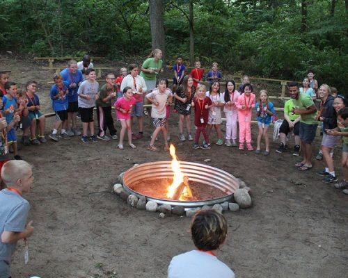 CW_0016_campfire smores 2018 2
